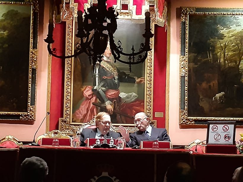 D. Ramón Tamames en la Matritense