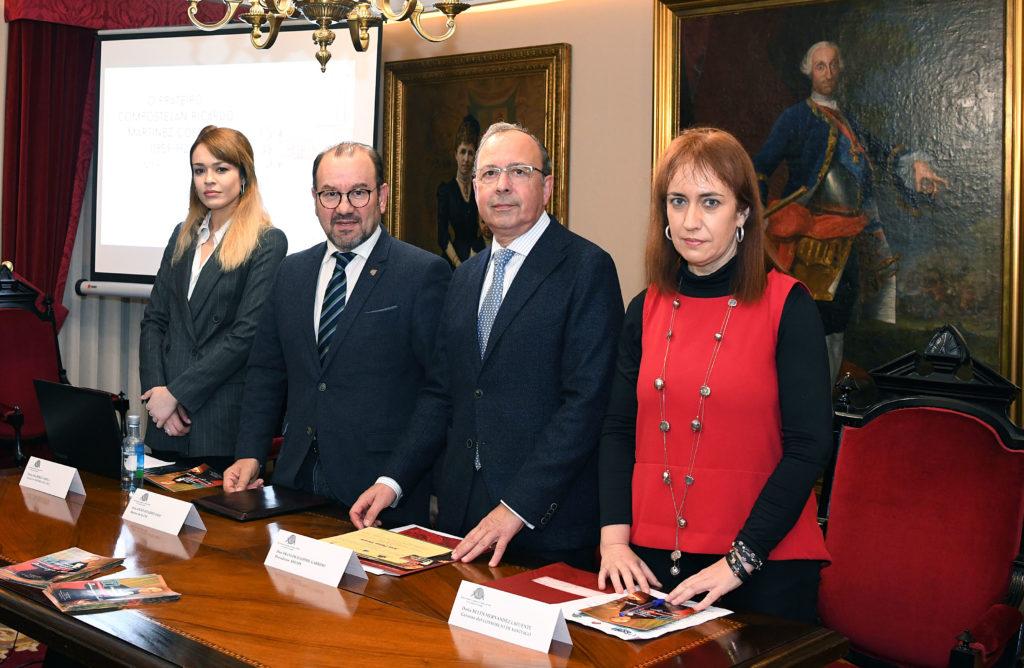 la ganadora del Premio Ana Pérez Varela, el rector de la USC, el presidente de la RSEAPS y la gerente del Consorcio y otra foto del momento de la entrega del Premio, 2.000,00 euros y diploma