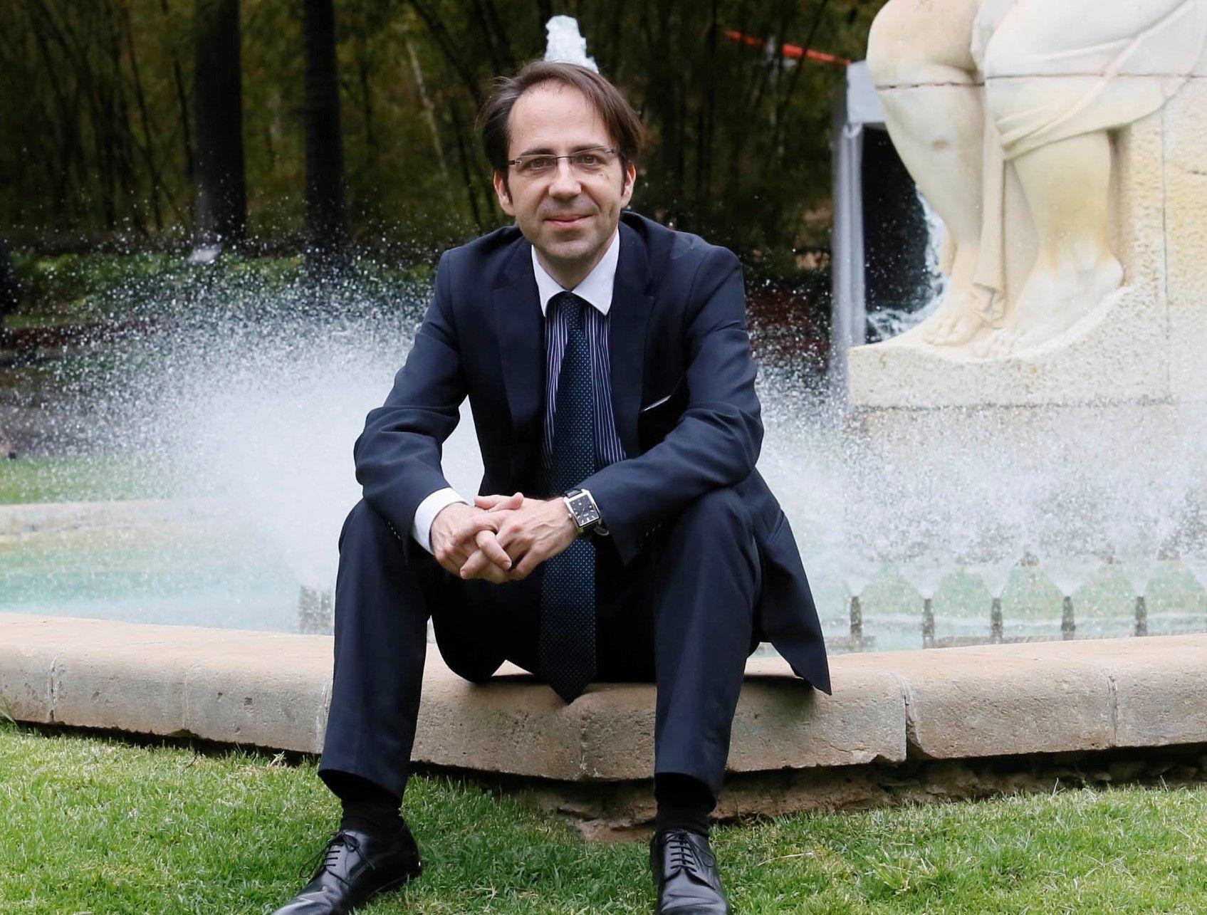 Dr. D. Gerardo Pérez Sánchez
